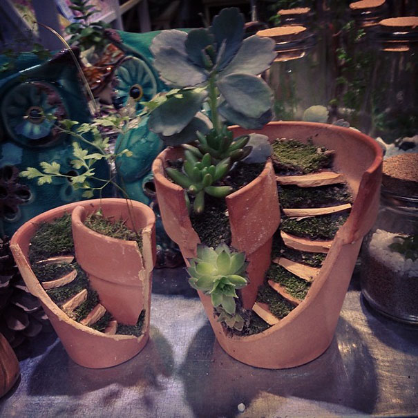 broken-pot-fairy-garden-1