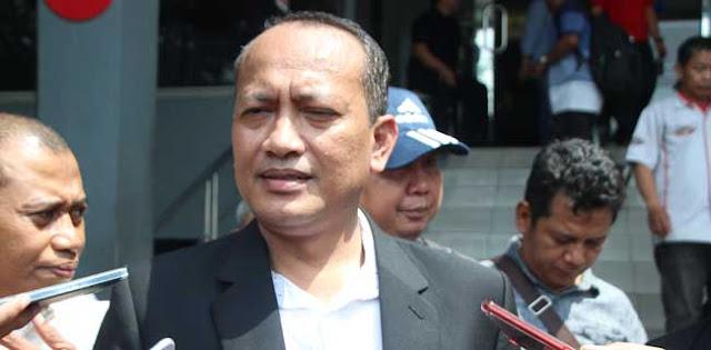 """""""Prabowo Naik Kuda Apa Keledai?"""" by Eka Gumilar"""