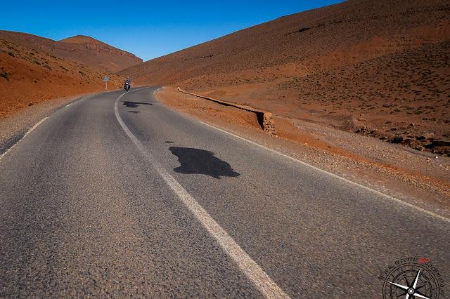 Camino al pico Tizi-Tirherhouzin