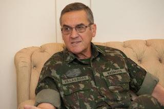 General Villas Bôas: 'Somos um país que está à deriva'