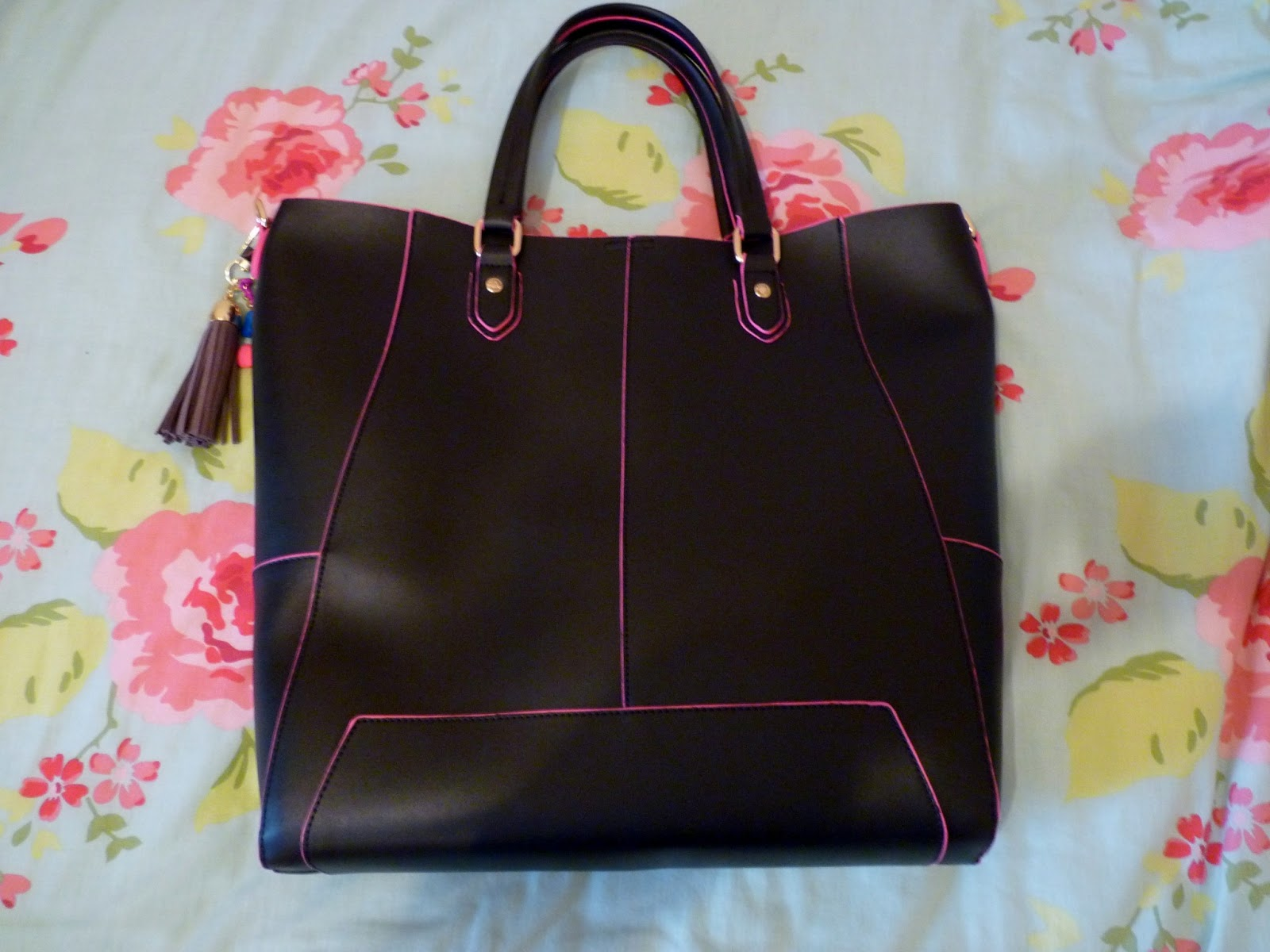 Paul S Boutique Stella Bag Review