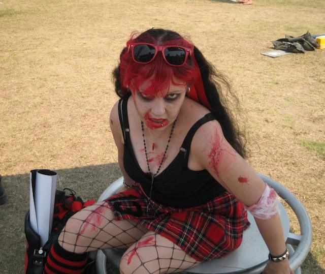 wanita vampir penghisap darah di kehidupan nyata