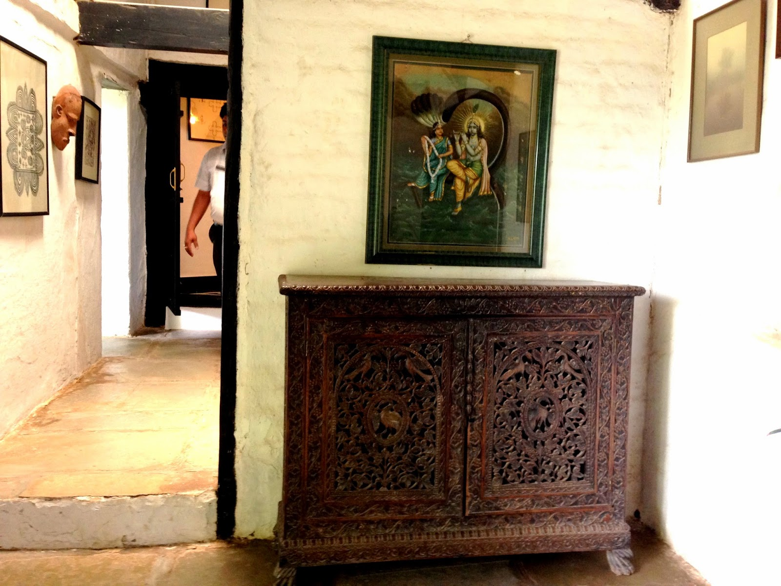 Ahilya Fort Maheshwar Ancient Decor and Paintings