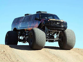 Sin City Hustler the Monster Truck Limousine Front