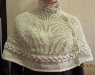 Pelerine em trico