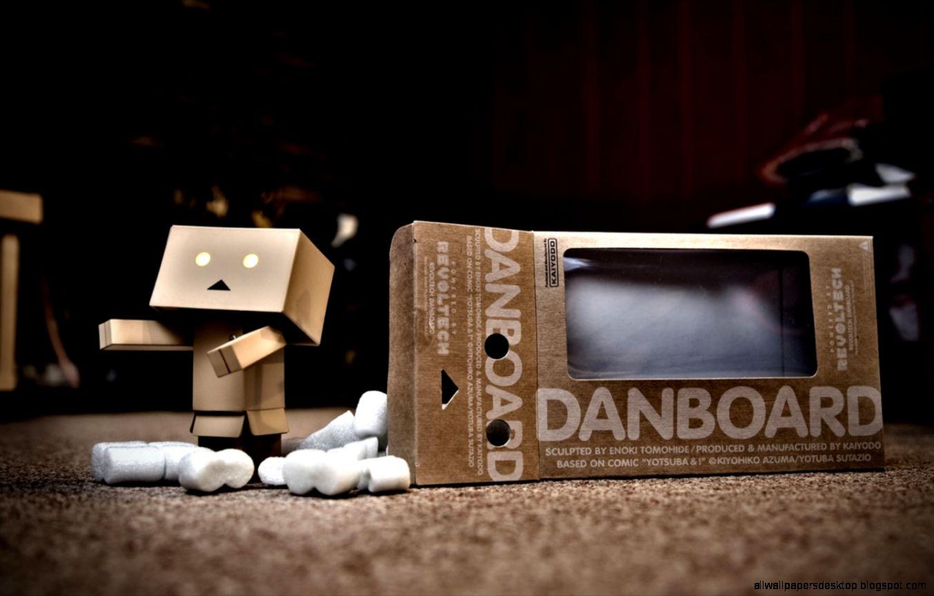 Danbo Wallpaper Hd: Danbo Enginering Hd Wallpaper