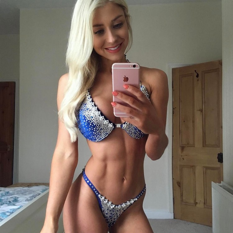 Instagram fitness model Sophie Aris