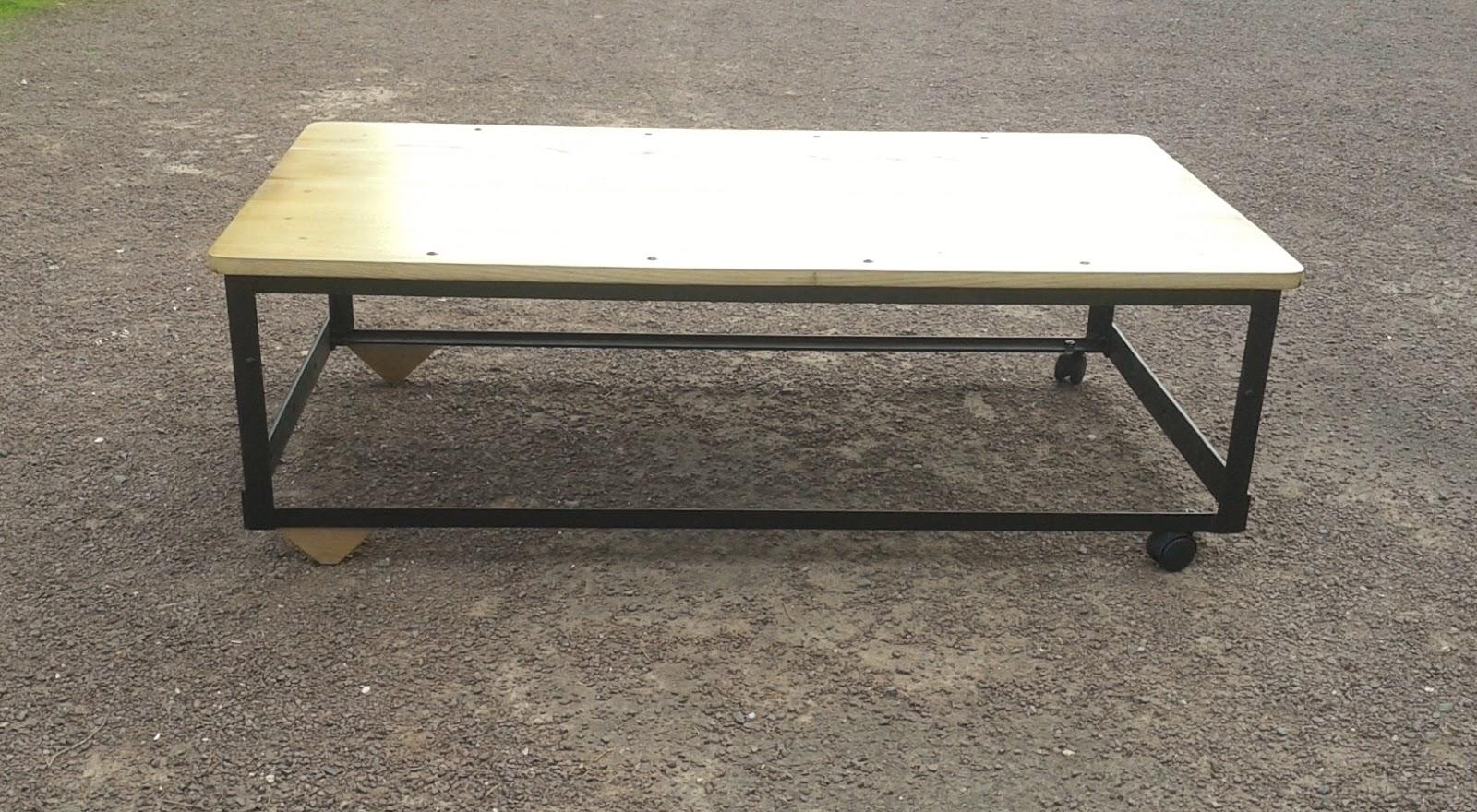 o 39 bois recycl table basse industrielle ch ne et m tal. Black Bedroom Furniture Sets. Home Design Ideas