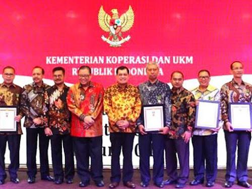 Pemkot Bandung raih penghargaan bakti koperasi ke-70