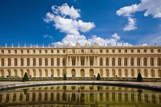 Palácio de Versalhes, Versalhes