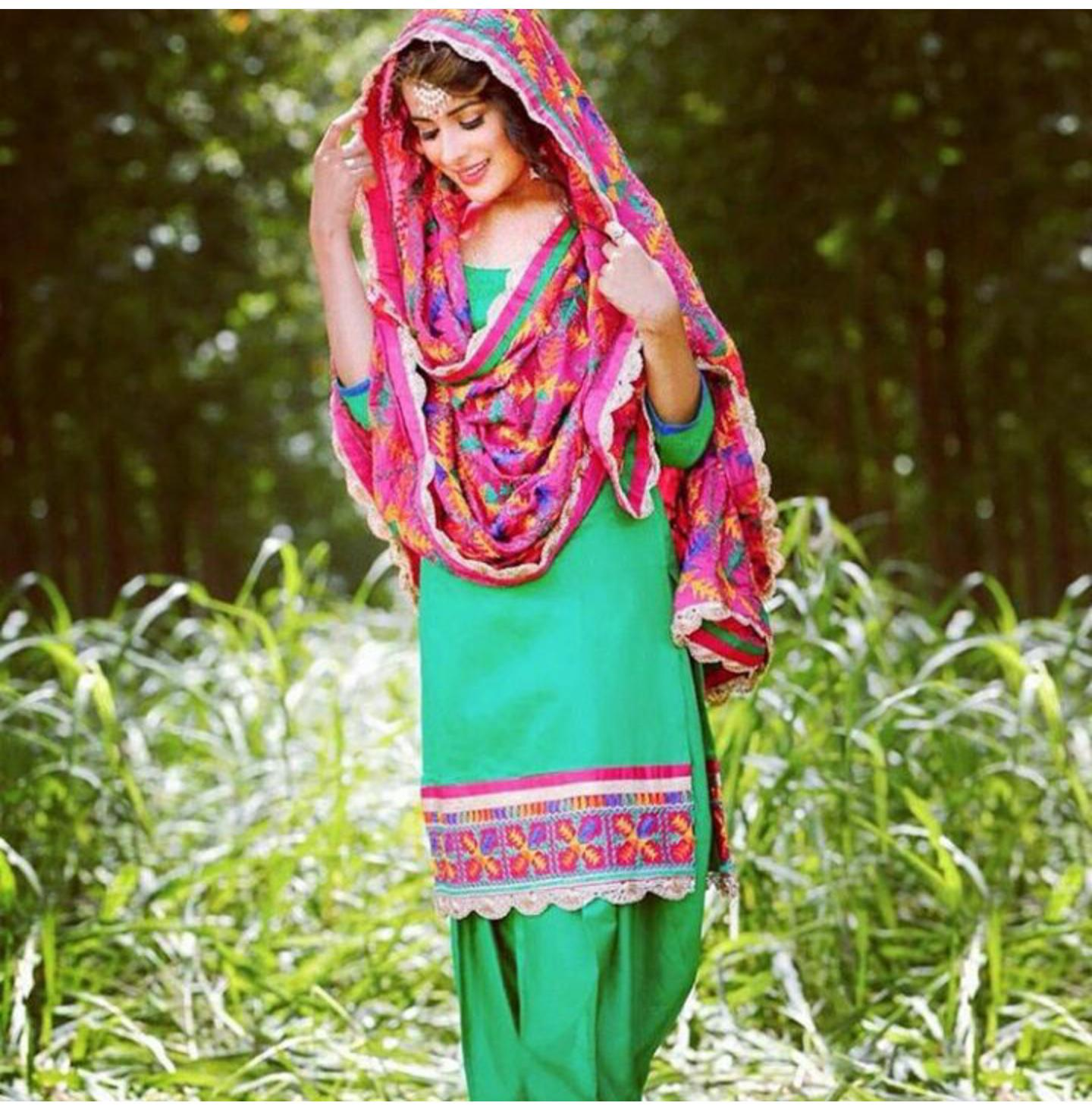Latest Stylish Punjabi Girls Dress And Punjabi Beauty In -3793