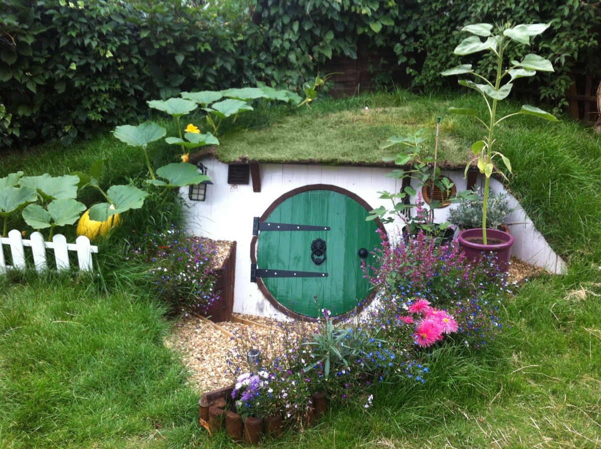 02 Ashley Yeates Architecture With The Garden Hobbit