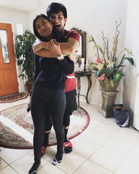 Alyssa Valdez Flew all the Way to the US to Celebrate the Holidays and Her Monthsary with Her Boyfriend Kiefer Ravena!
