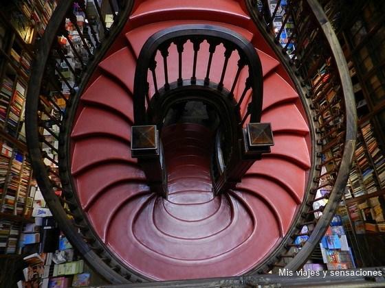 Libreria Lello e Irmao, Oporto, Portugal