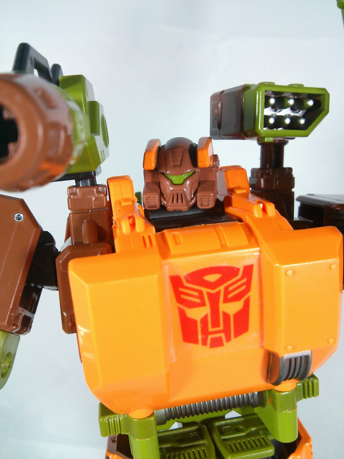 transformers generations roadbuster head