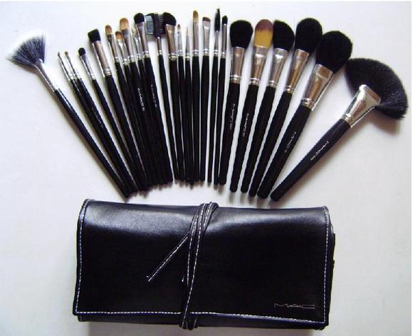 WebbieDolls Blog: MAC Cosmetics