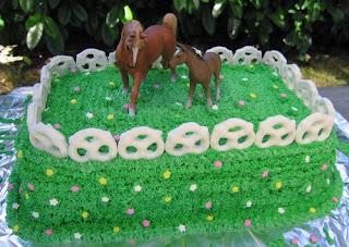 kue ultah bentuk kuda