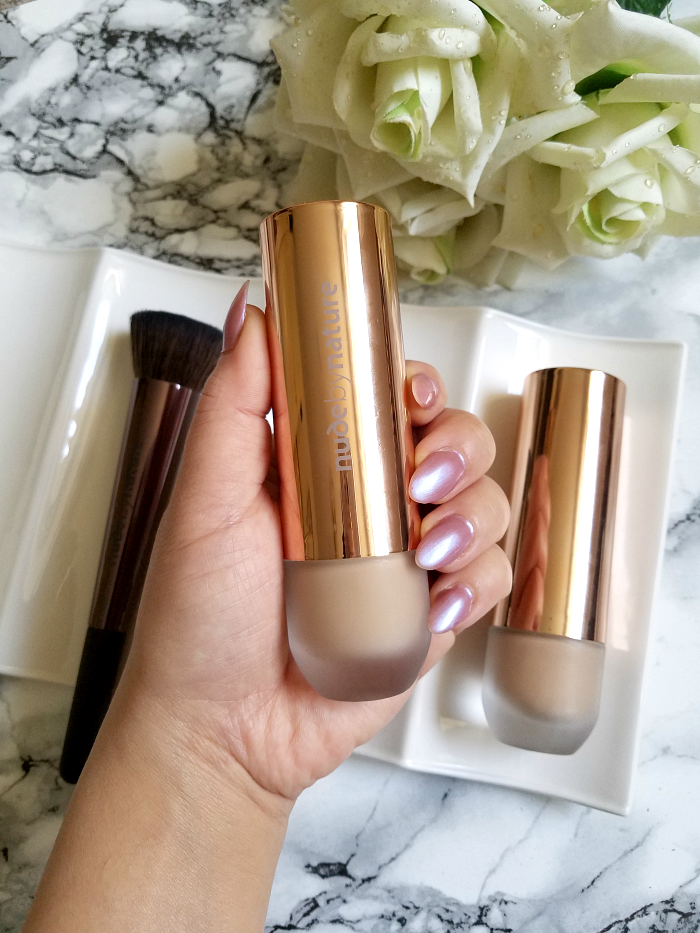 Review: nude by nature - Flawless Liquid Foundation - 30ml - 26.00 Euro Madame Keke