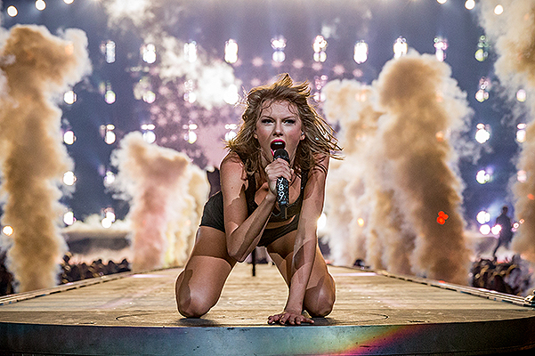 MTV EMA 2015: Taylor swift has become a leader nominations