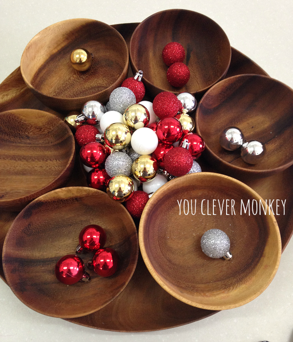Easy Christmas Sensory Play - set up your own easy Christmas sensory rich invitations to play  - perfect for play to help develop language and STEM skills at preschool | you clever monkey