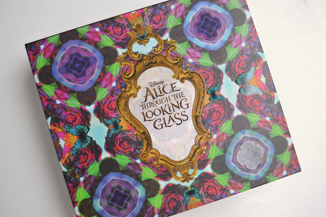 Urban Decay Alice Through the Looking Glass Eyeshadow Palette Review with Swatches