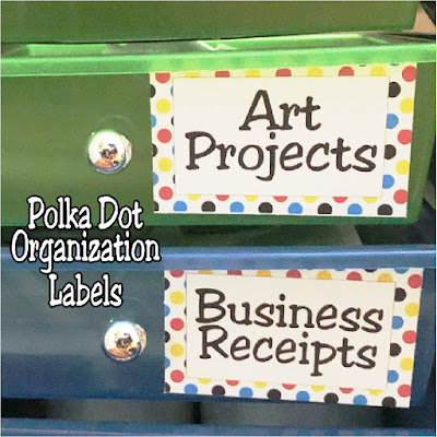 Organize your craft room or office with fun and happy polka dot organization labels. These labels will make you smile every time you put something away or get yourself in an organizing groove. #polkadot #organization #printable #diypartymomblog
