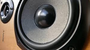 Perbedaan Speaker Aktif dan Pasif