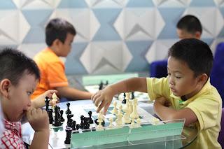học cờ vua