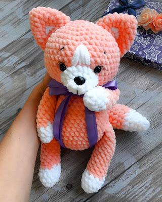 Плюшевая лисичка