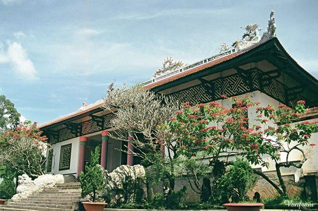 chùa linh sơn đà lạt