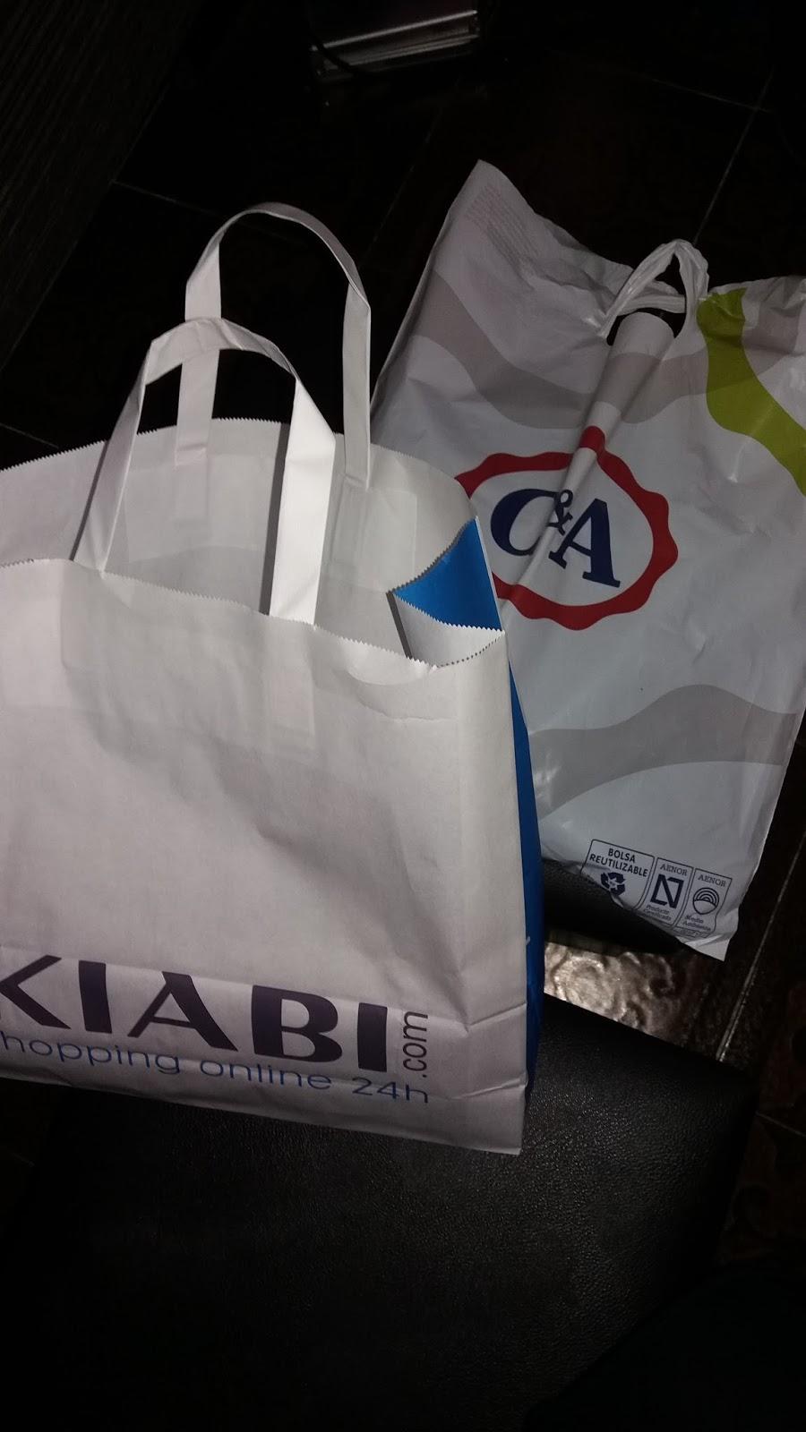 b9b2cab1f Empezamos por Kiabi, donde compramos unos jeans por 15€ después de mucho  buscar unos que no fueran skinny. ¡Que manía con hacer todos los jeans de  hombre ...