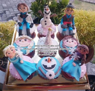 Cupcake Ulang Tahun Tema Frozen