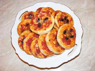 pizza, retete, gustari, aperitive, pizzarie, pizza de post, pizza copii, retete de mancare, retete culinare,
