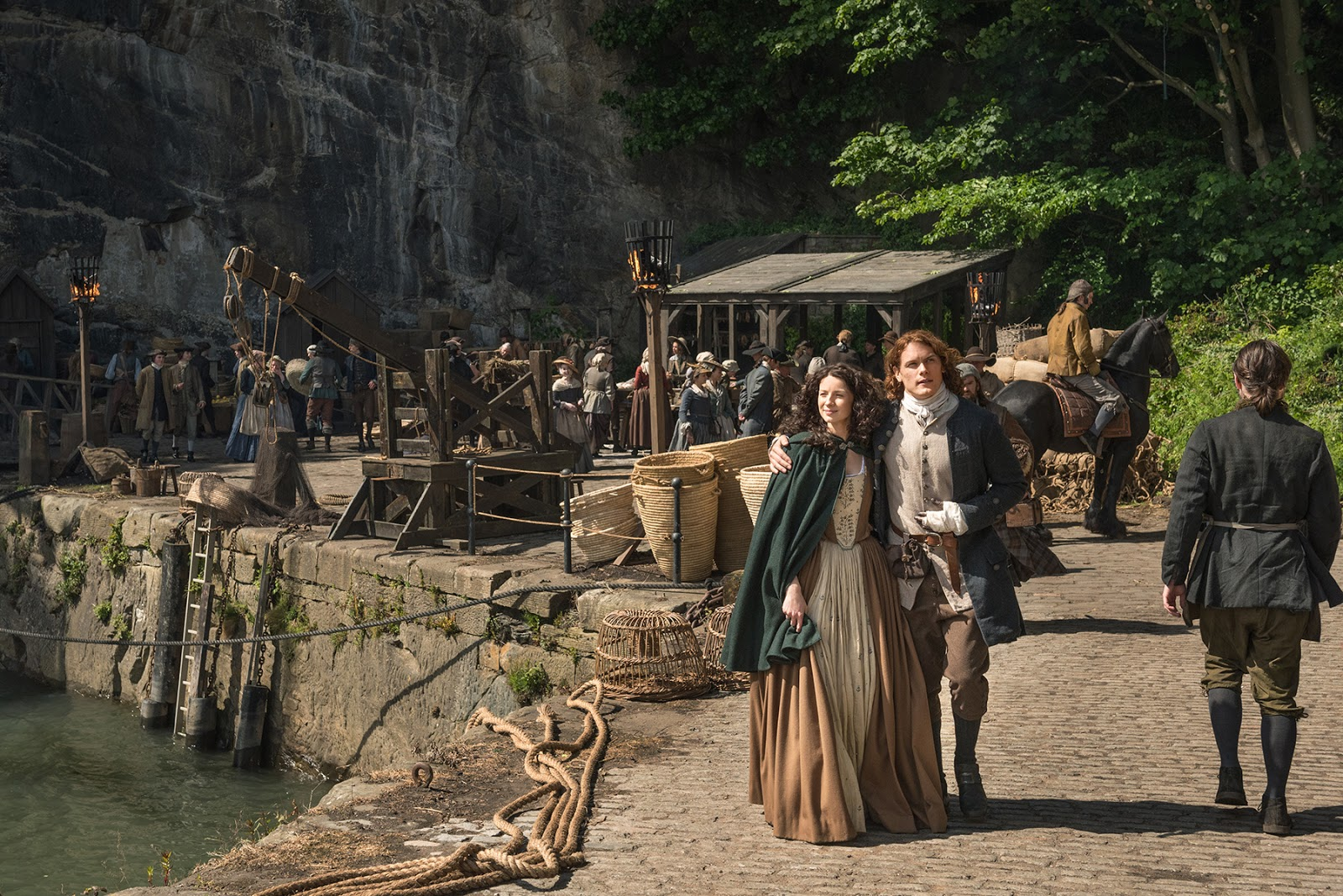 "Outlander - Through a Glass, Darkly - Review: ""When Were You Not Up for a Challenge"""