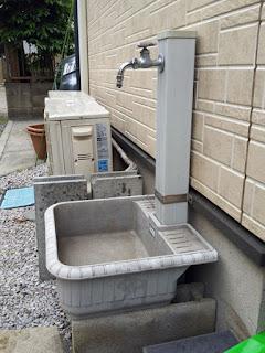 立水栓+エバタ外流し(研ぎ出し流し)