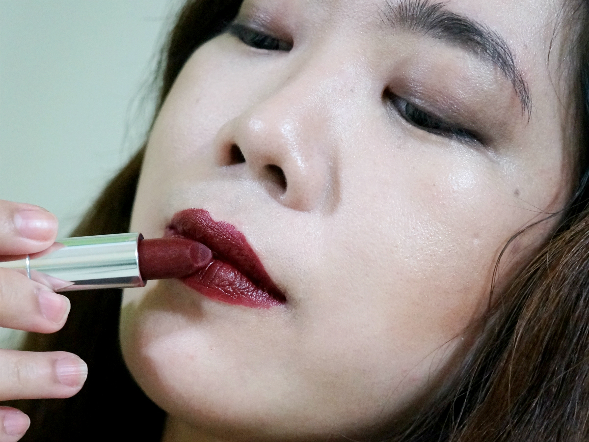Maybelline Color Sensational Creamy Matte Lipstick in 696 Burgundy ...