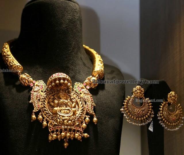 Kante with Lakshmi Pendant Chandbalis