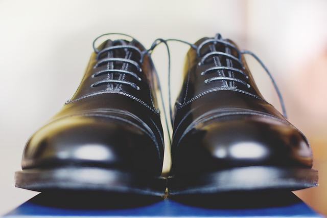 Frasi e aforismi sulle scarpe 9028401285e