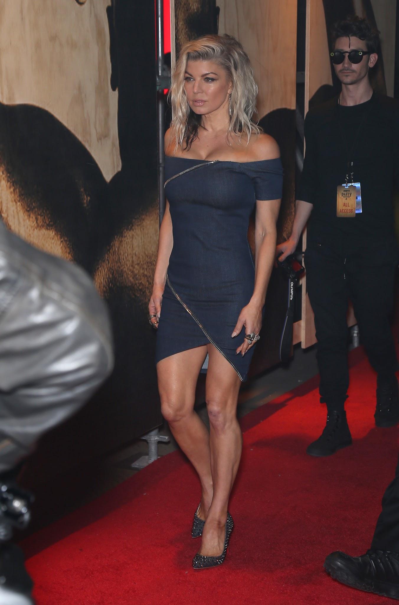 Cleavage Fergie nude (28 photo), Tits, Leaked, Selfie, braless 2018
