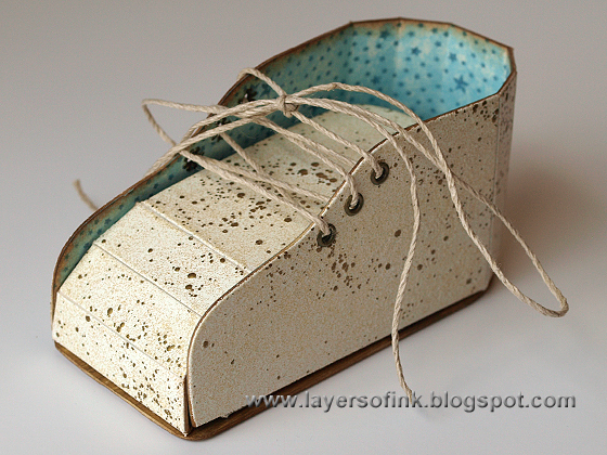 http://layersofink.blogspot.com/2014/01/baby-shoe-tutorial.html