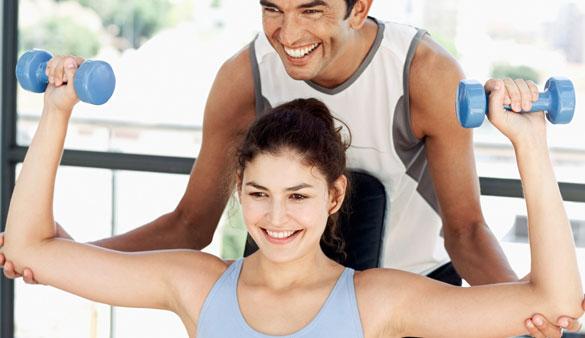Cinq astuces pour draguer à la salle de sport