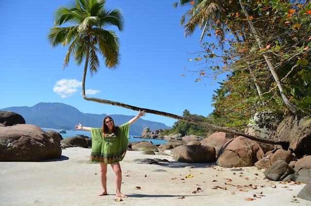 Não podia deixar de registrar uma foto no coqueiro mais famoso