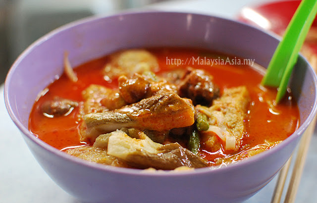 Petaling Street Curry Mee Noodles