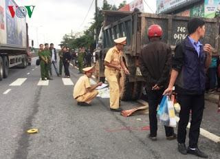 Tai Nạn Giao Thông Bị cuốn vào gầm xe tải, một người tử vong