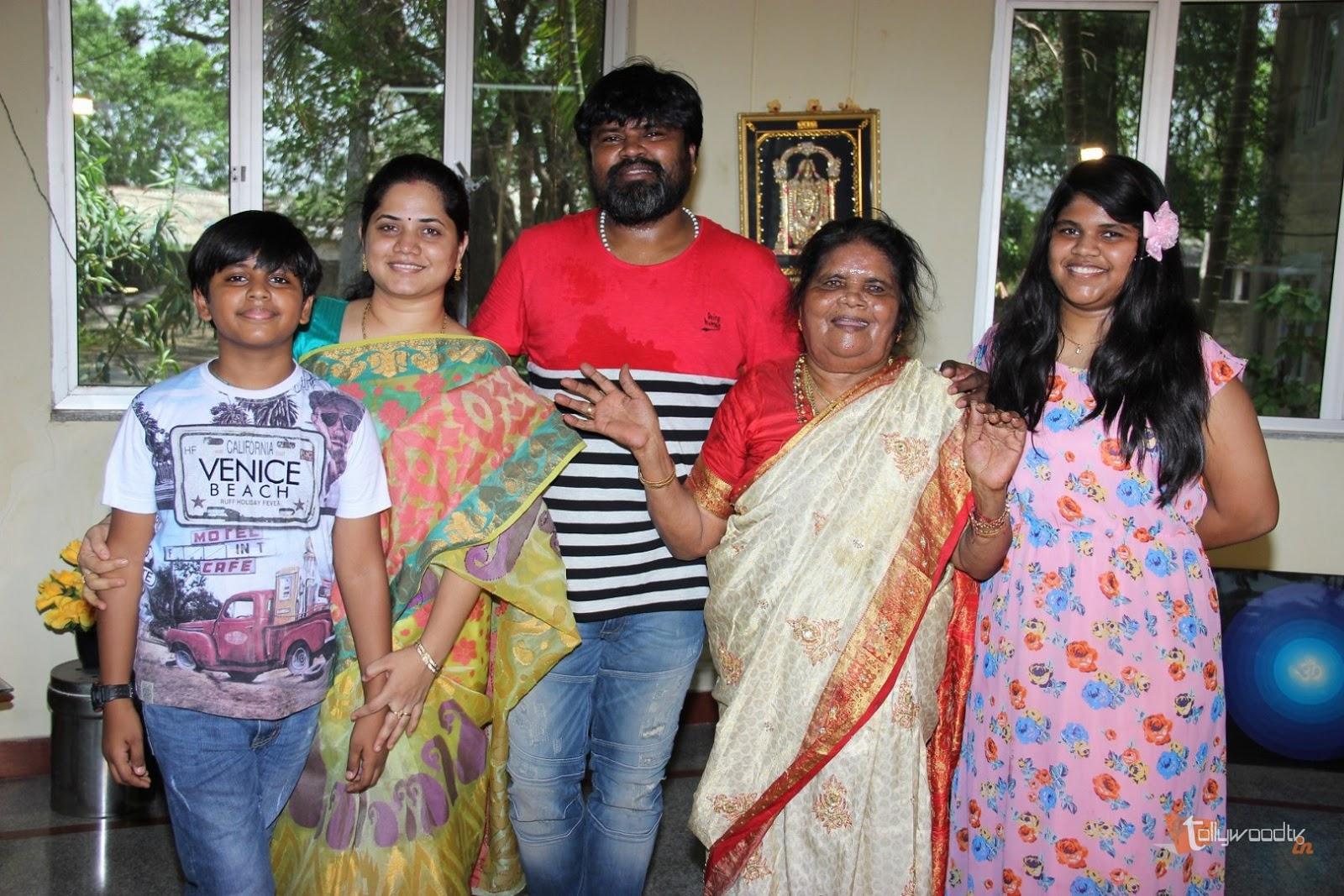 Amma Rajashekar Birthday Celebrations-HQ-Photo-15