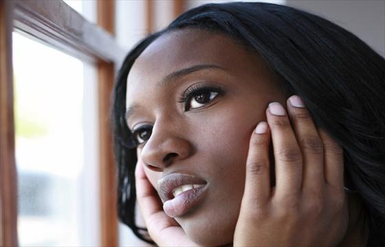 http://3.bp.blogspot.com/-TUg6_JGt-vw/UJg-EQFVbzI/AAAAAAAAKW4/lEf7mUUkTjc/s1600/sad-black-woman.jpg