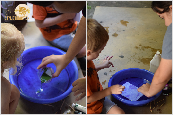 Papel estampado para hacer con chicos durante las vacaciones. Es facil y aprenden a reciclar papeles que tienen en casa. Lo que se aprende jugando no se borra mas.