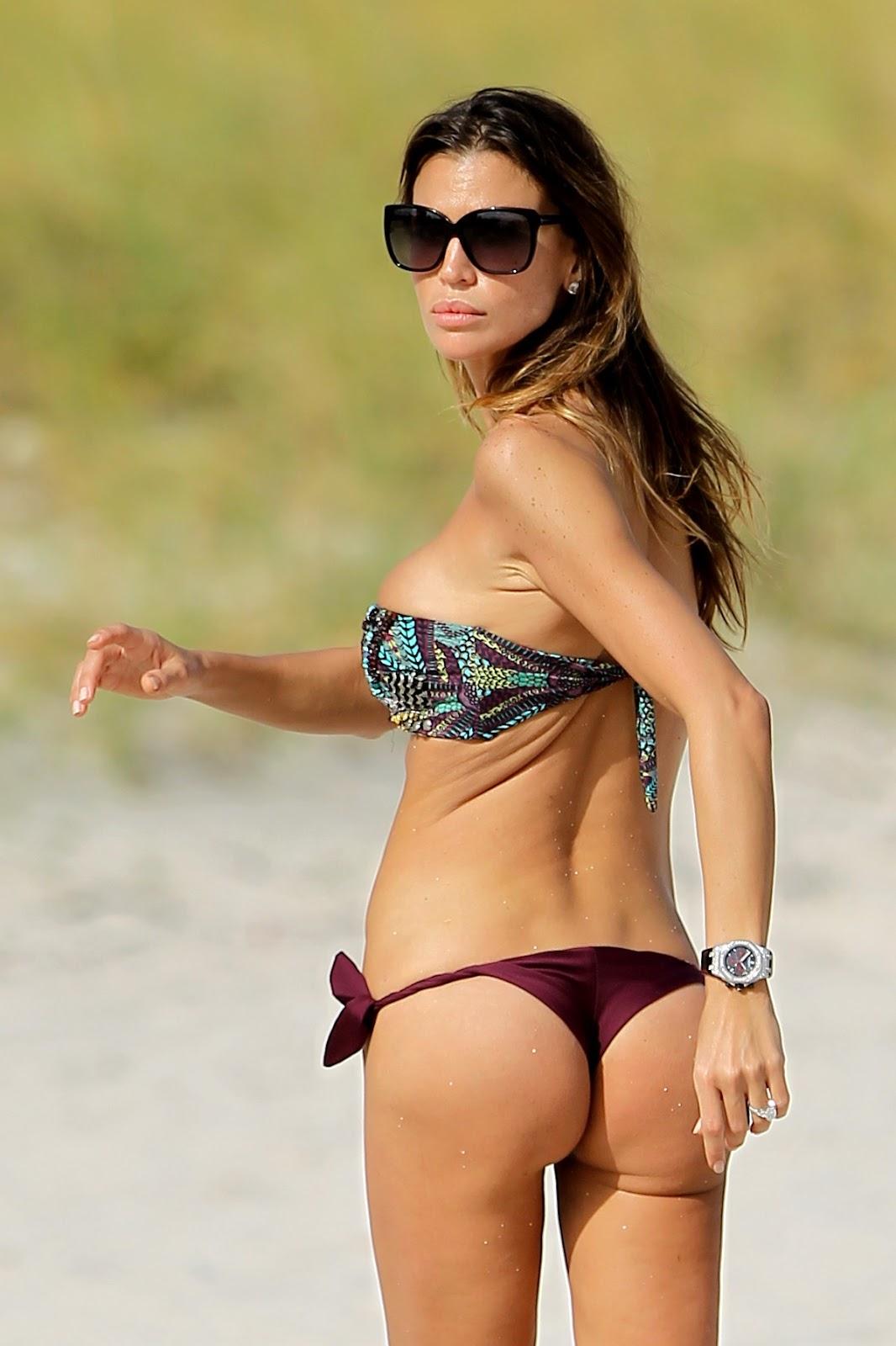 Dhoom 2 bikini