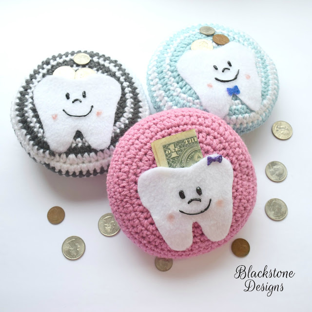 https://www.ravelry.com/patterns/library/tooth-fairy-pillow-7