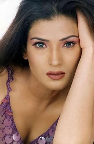 Entertainment Books Lollywood Actress Resham Biography -5427